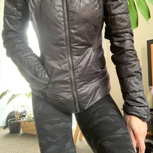 black lululemon down town puffy jacket in size 4